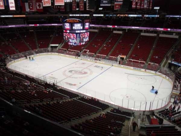 PNC Arena, vak: 321, rij: A, stoel: 1