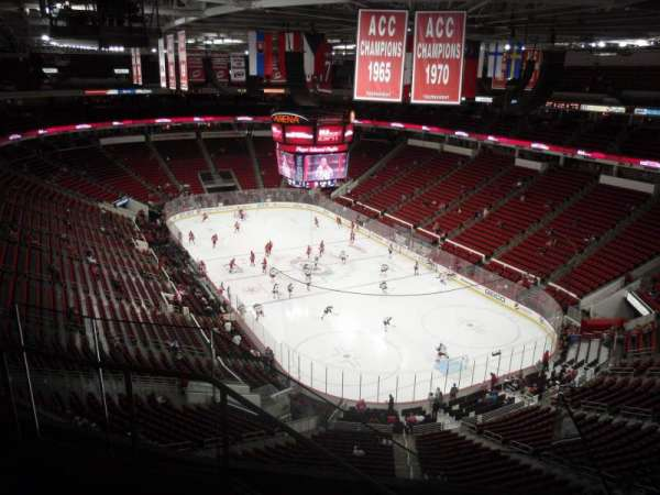 PNC Arena, vak: 335, rij: E, stoel: 12
