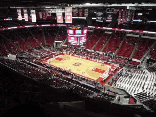PNC Arena, vak: 321, rij: J, stoel: 7