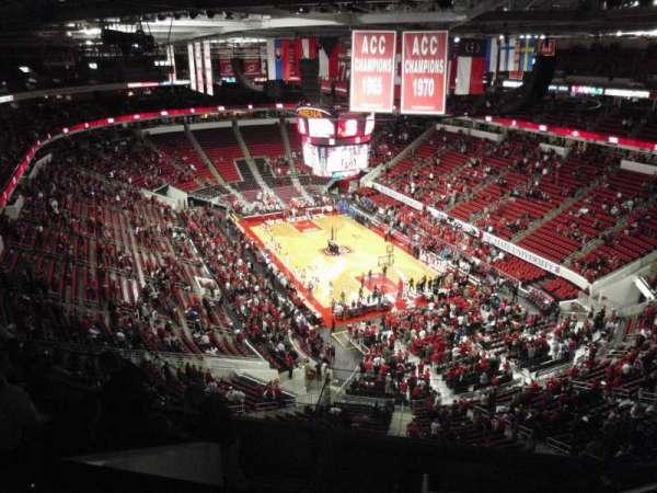 PNC Arena, vak: 335, rij: H, stoel: 6