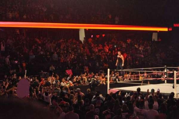 Allstate Arena, vak: 112, rij: D, stoel: 1