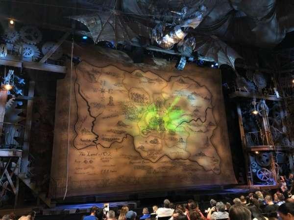 Gershwin Theatre, vak: Orchestra L, rij: H, stoel: 2