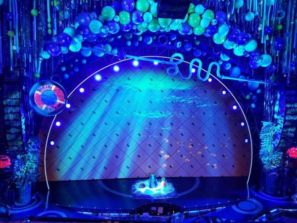 Palace Theatre (Broadway), vak: Mezzanine, rij: A, stoel: 104