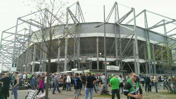 Borussia Park, vak: Outside
