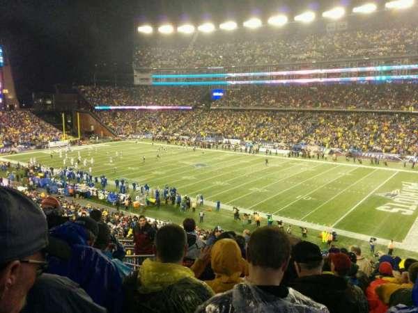Gillette Stadium, vak: 227, rij: 13, stoel: 18