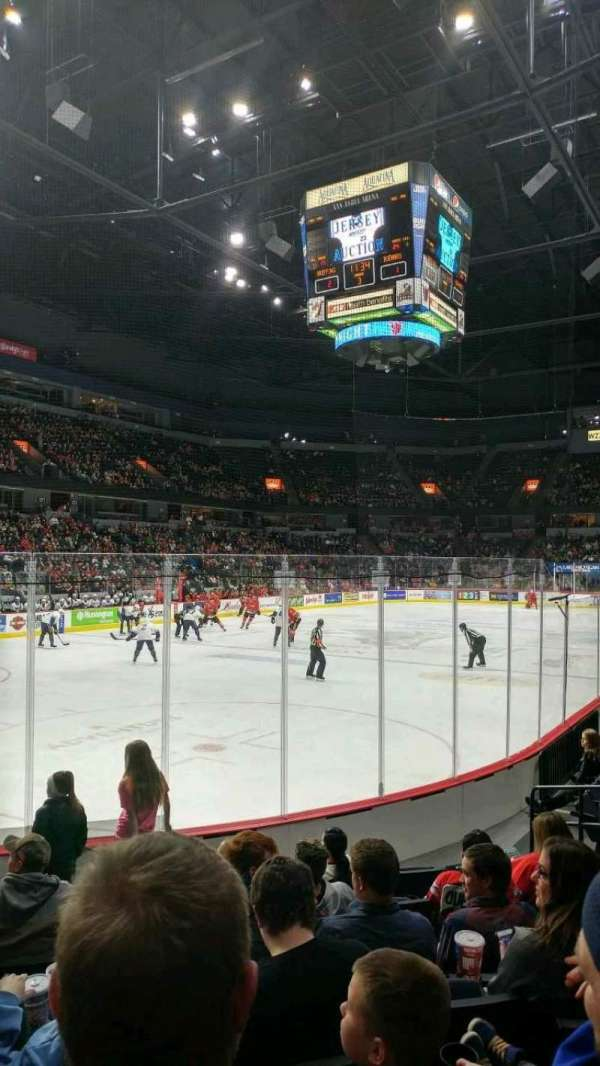 Van Andel Arena, vak: 112, rij: G, stoel: 11