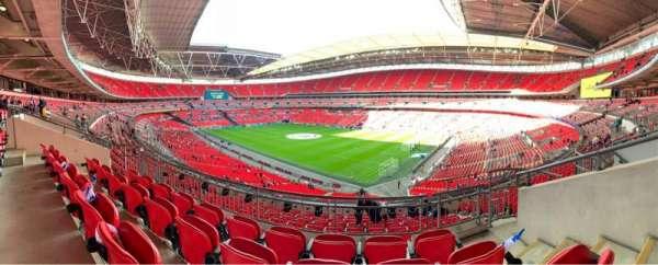 Wembley Stadium, vak: 220, rij: 11, stoel: 160