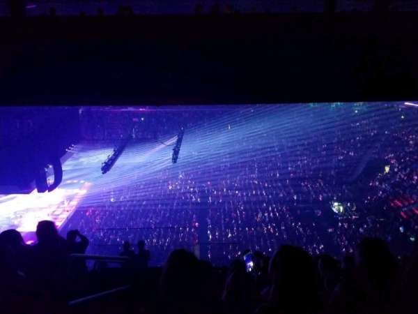 Little Caesars Arena, vak: 226, rij: 10, stoel: 18