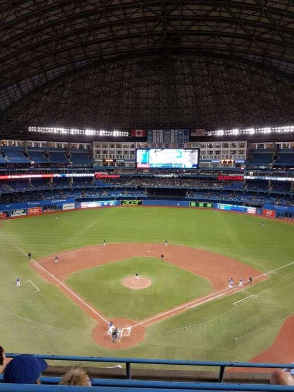 Rogers Centre, vak: 524ar, rij: 4, stoel: 7
