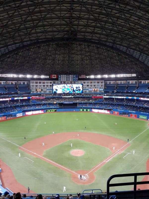 Rogers Centre, vak: 524bl, rij: 12, stoel: 102
