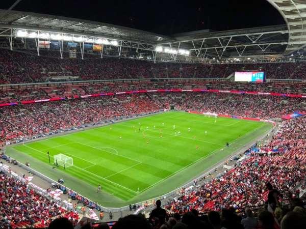 Wembley Stadium, vak: 508, rij: 11, stoel: 221