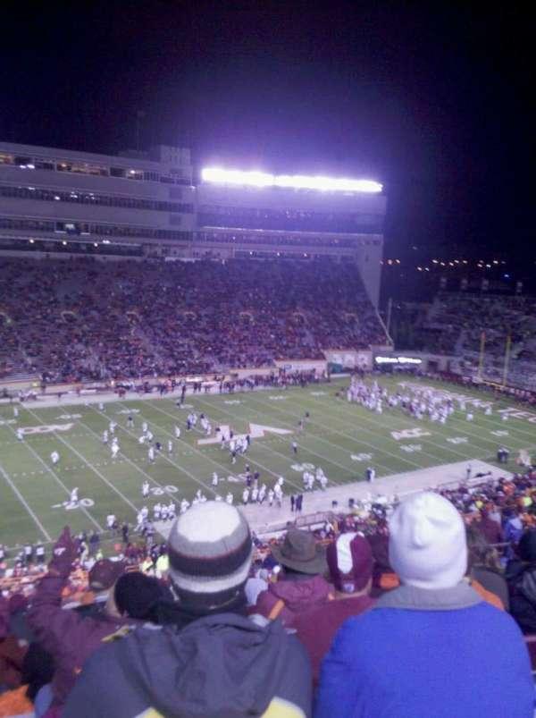 Lane Stadium, vak: 37, rij: 4G, stoel: 22