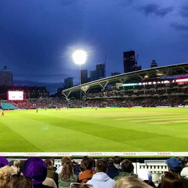 Kia Oval, vak: Galadari Stand 24, rij: 11, stoel: 113