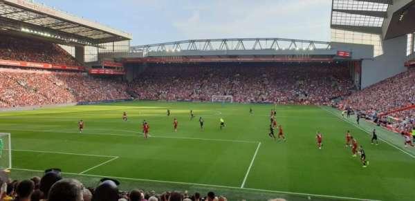 Anfield, vak: 123, rij: 22, stoel: 56