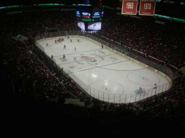 PNC Arena, vak: 336, rij: L, stoel: 6