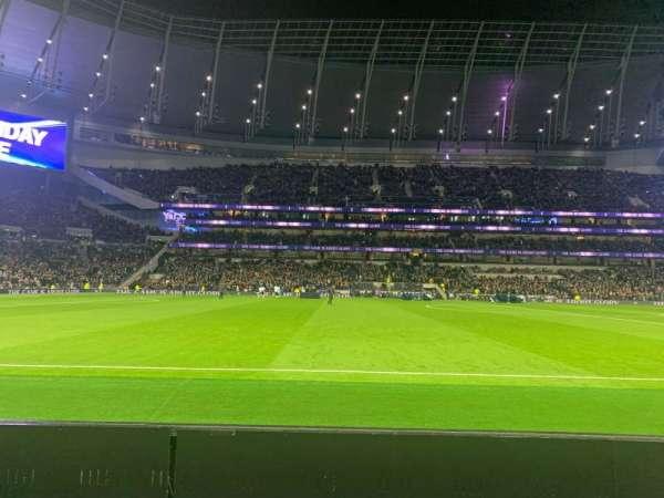 Tottenham Hotspur Stadium, vak: 122, rij: 2, stoel: 678