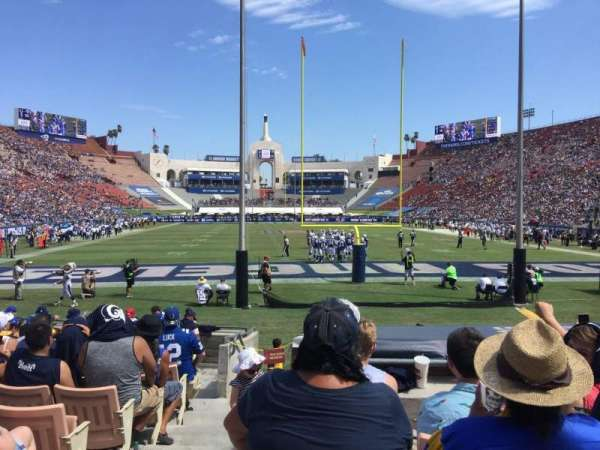 Los Angeles Memorial Coliseum, vak: 15H, rij: 13, stoel: 101