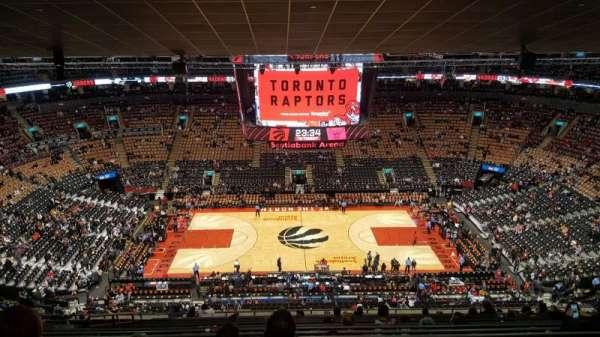Scotiabank Arena, vak: 321, rij: 16, stoel: 17
