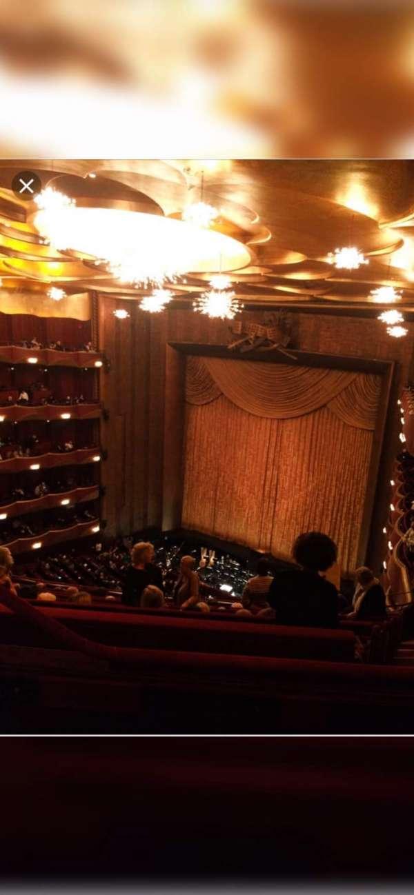 Metropolitan Opera House - Lincoln Center, vak: Balcony, rij: L, stoel: 5