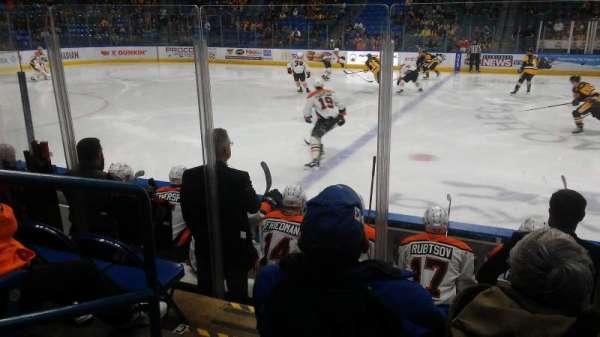 Mohegan Sun Arena at Casey Plaza, vak: 104, rij: F, stoel: 19