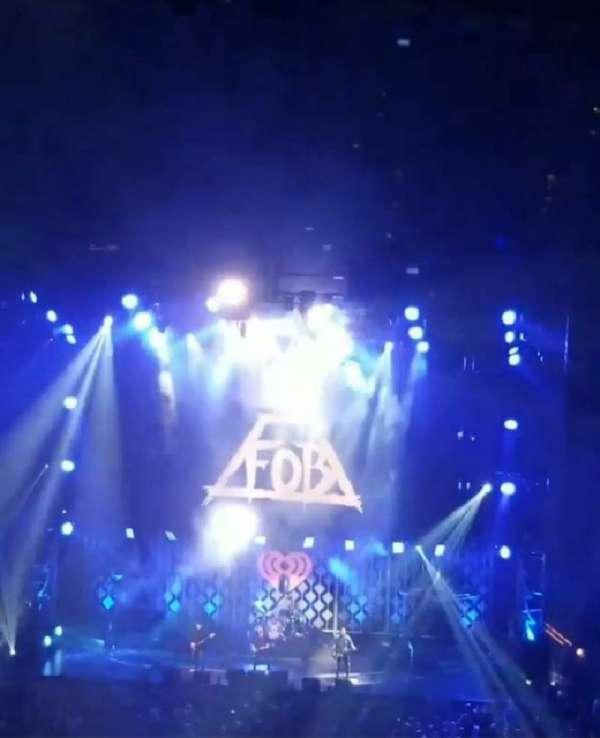 TD Garden, vak: Bal 308 , rij: 3, stoel: 1&2