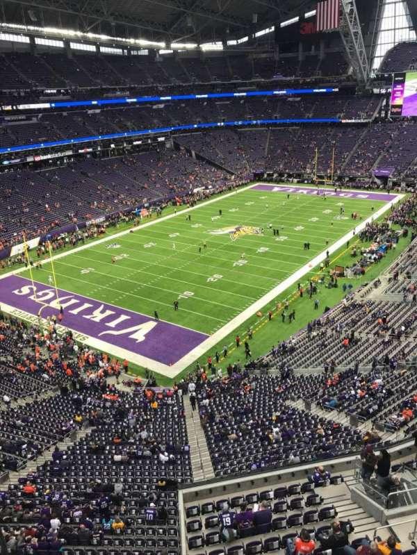 U.S. Bank Stadium, vak: 350, rij: A, stoel: 15
