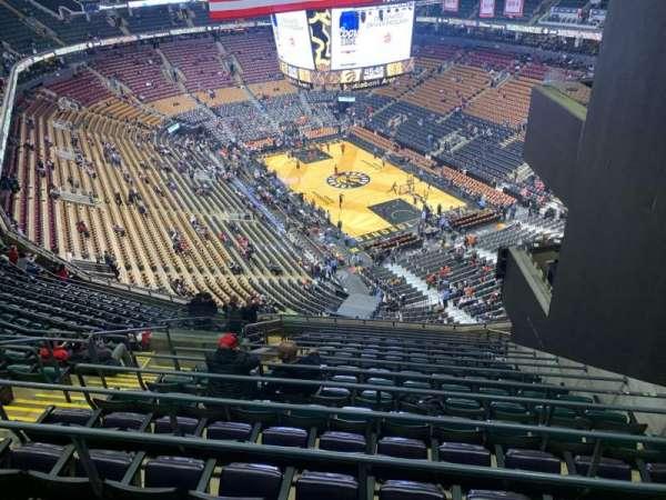 Scotiabank Arena, vak: 317, rij: 16, stoel: 14