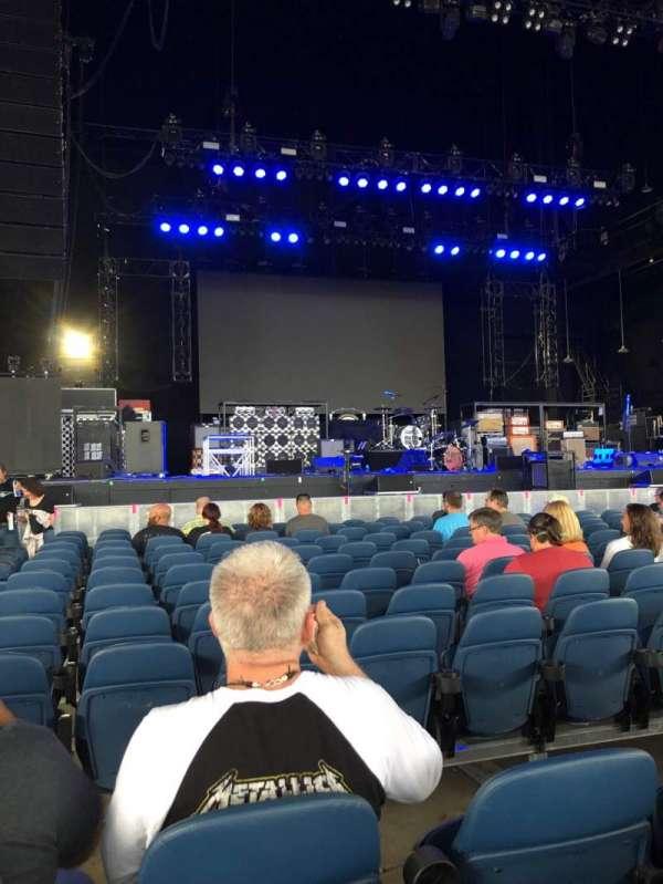 PNC Music Pavilion, vak: 2, rij: L, stoel: 31-32