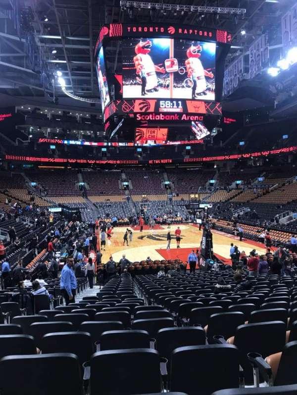 Scotiabank Arena, vak: 114, rij: 15, stoel: 13