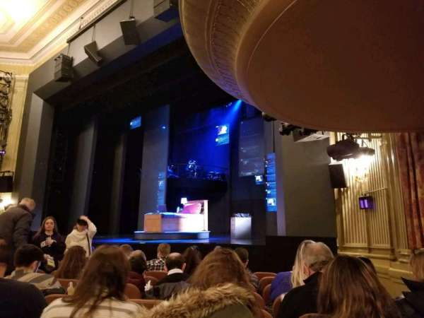 Music Box Theatre, vak: Orchestra, rij: J, stoel: 22