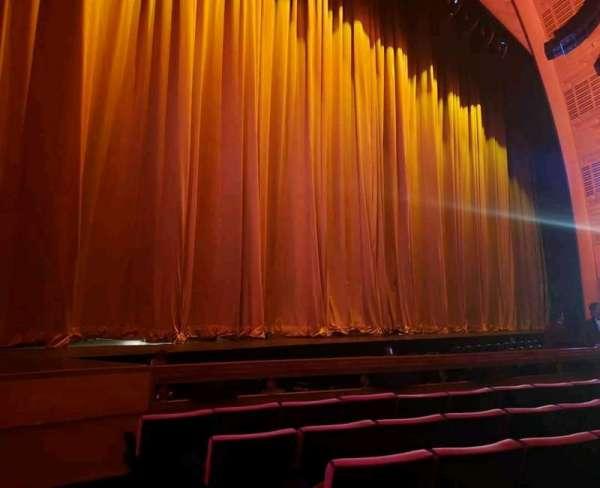 Radio City Music Hall, vak: Orchestra 6, rij: FF, stoel: 602