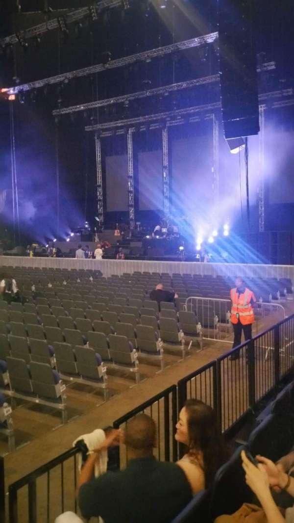 The O2 Arena, vak: 111, rij: C, stoel: 359