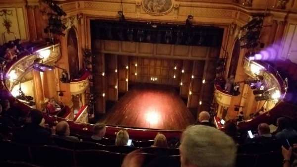 Gielgud Theatre, vak: Grand Circle, rij: F, stoel: 13