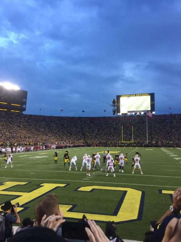 Michigan Stadium, vak: 33, rij: 1, stoel: 9