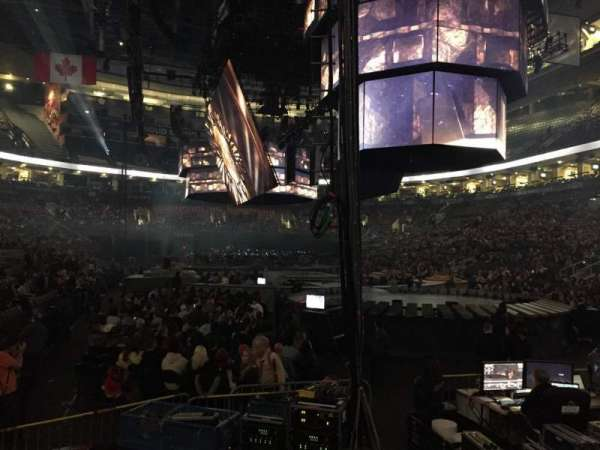 Scotiabank Arena, vak: 104, rij: 9, stoel: 1