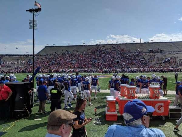 David Booth Kansas Memorial Stadium, vak: 6, rij: 3, stoel: 5