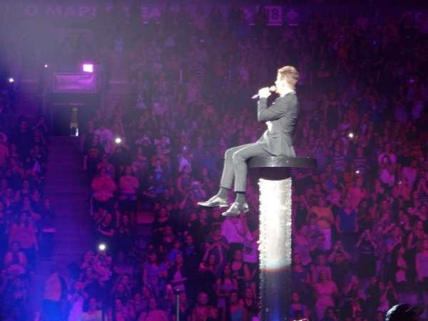 Scotiabank Arena, vak: 109, rij: 3, stoel: 24