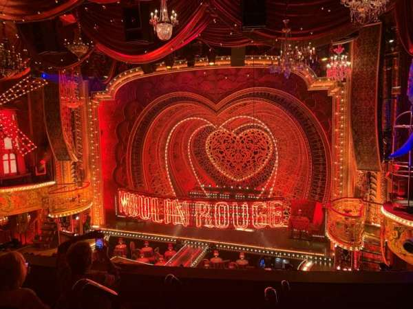 Al Hirschfeld Theatre, vak: Mezzanine R, rij: D, stoel: 2