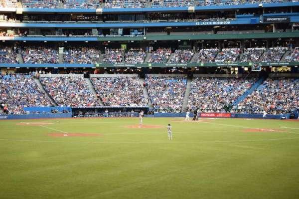 Rogers Centre, vak: 139, rij: 1
