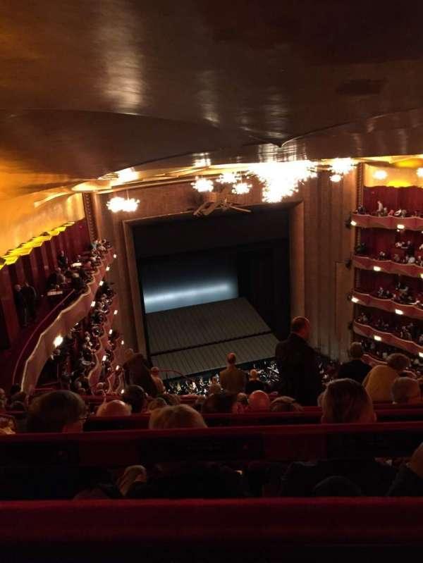 Metropolitan Opera House - Lincoln Center, vak: Family circle, rij: K, stoel: 233
