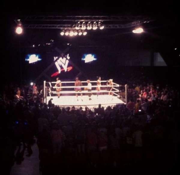 Macon Coliseum, vak: 115, rij: D, stoel: 14