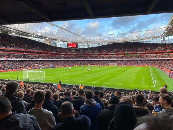 Emirates Stadium, vak: 22
