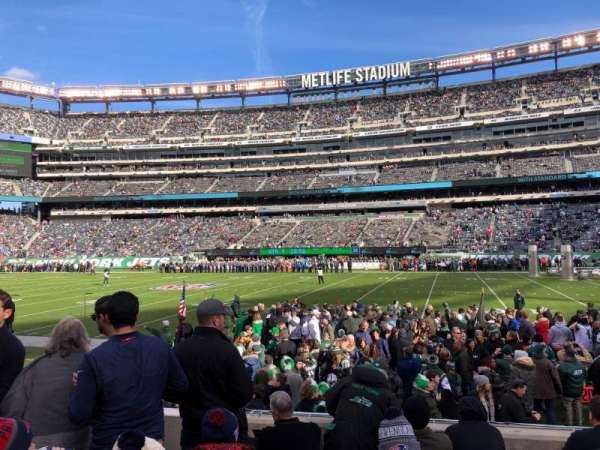 MetLife Stadium, vak: 135, rij: 6, stoel: 27