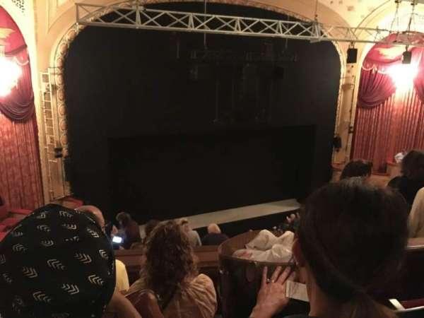 Bernard B. Jacobs Theatre, vak: Mezzanine L, rij: G, stoel: 15