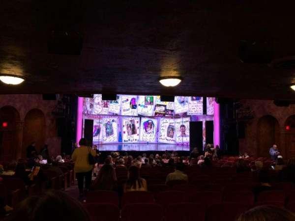 August Wilson Theatre, vak: Orchc, rij: W, stoel: 118