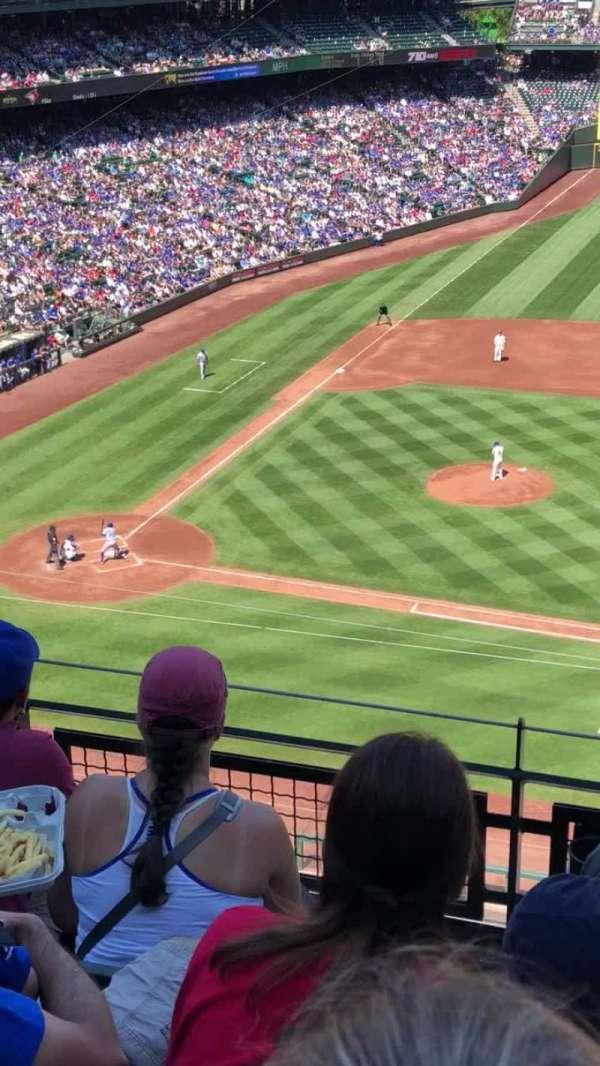 T-Mobile Park, vak: 321, rij: 4, stoel: 21