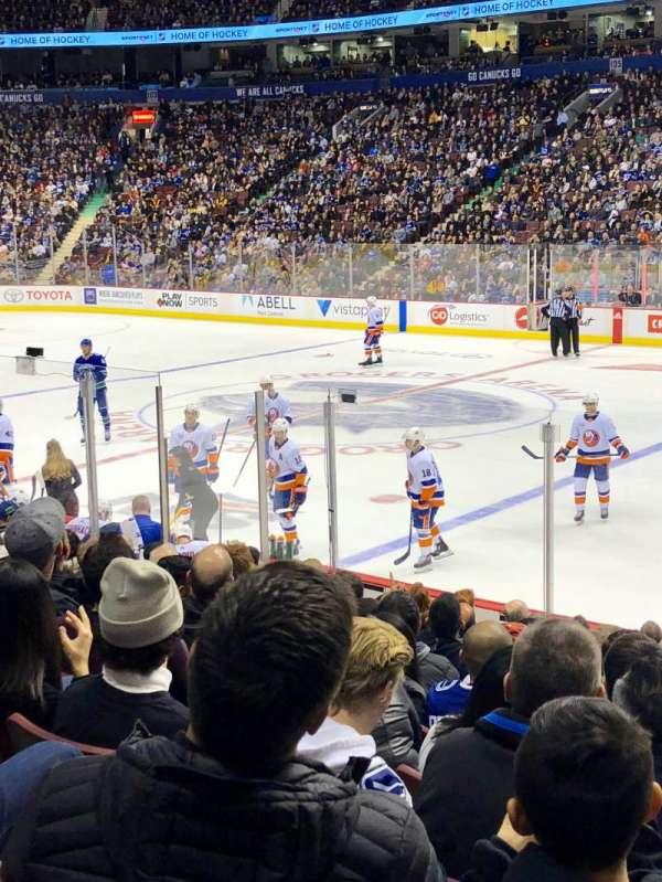 Rogers Arena, vak: 115, rij: 12, stoel: 109