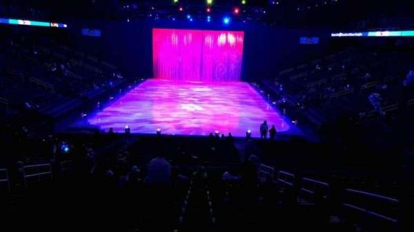 Greensboro Coliseum, vak: 117, rij: box, stoel: box