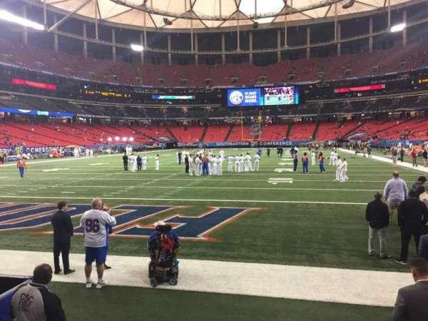 Georgia Dome, vak: 124, rij: 1, stoel: 5
