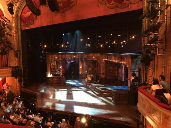 Bernard B. Jacobs Theatre, vak: MEZZ, rij: B, stoel: 18